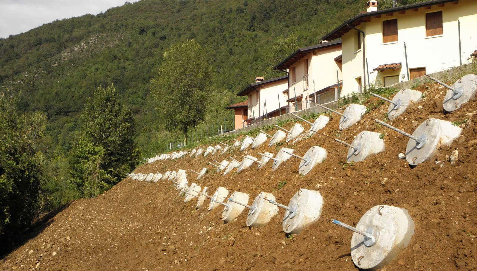 Progettazione Geotecnica, messa in sicurezza Frana con Tiranti